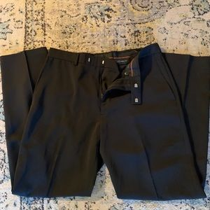 Men's Haggar dress pants In 34x32